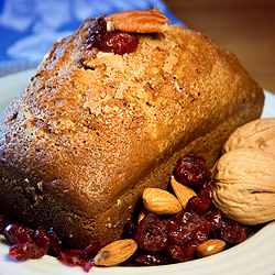 Cranberry Nut Bread. Photo Copyright (c) LVO'Connell 2008. All Rights Recerved.